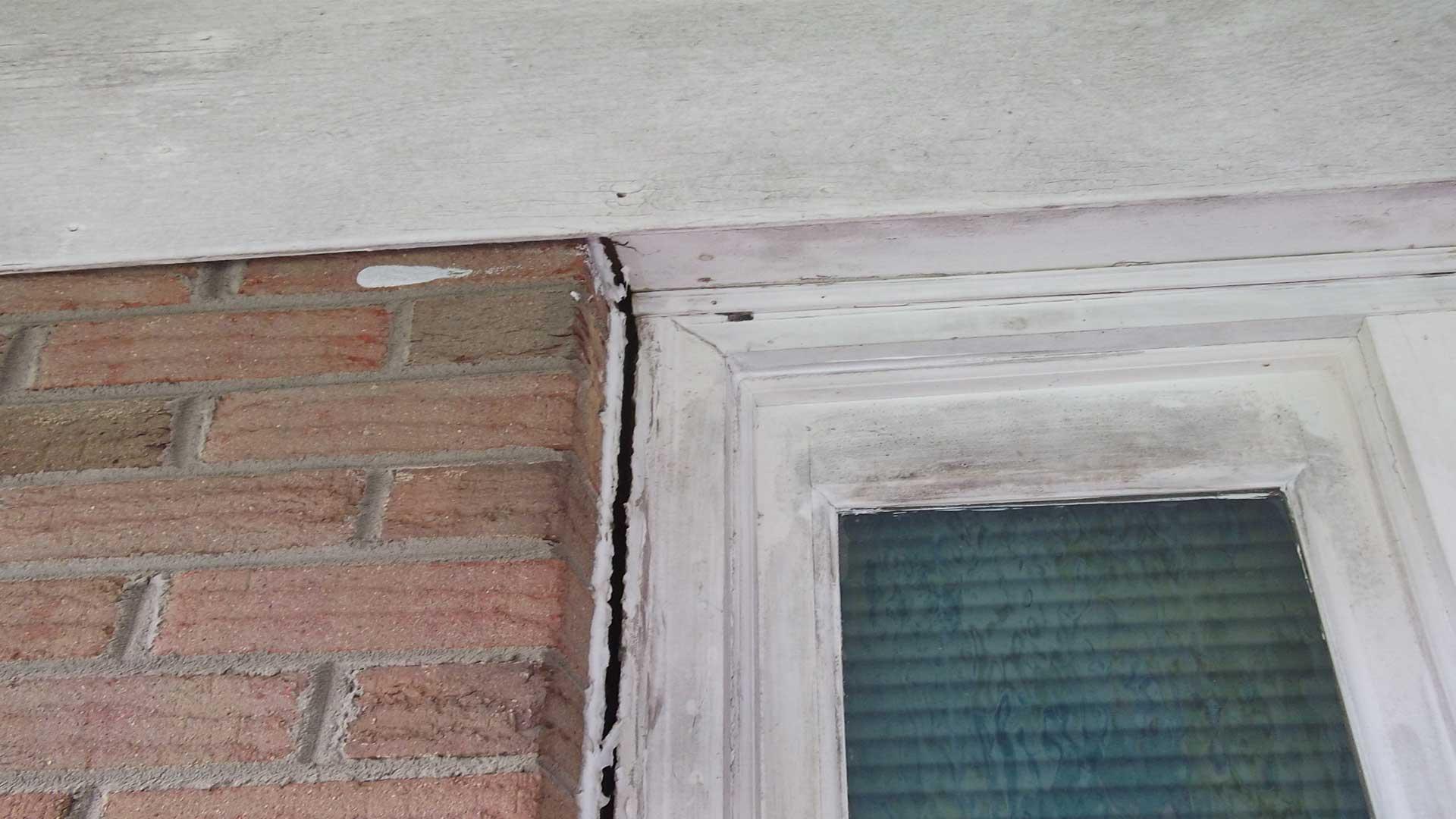 door-jam-pulling-away-from-brick-facing