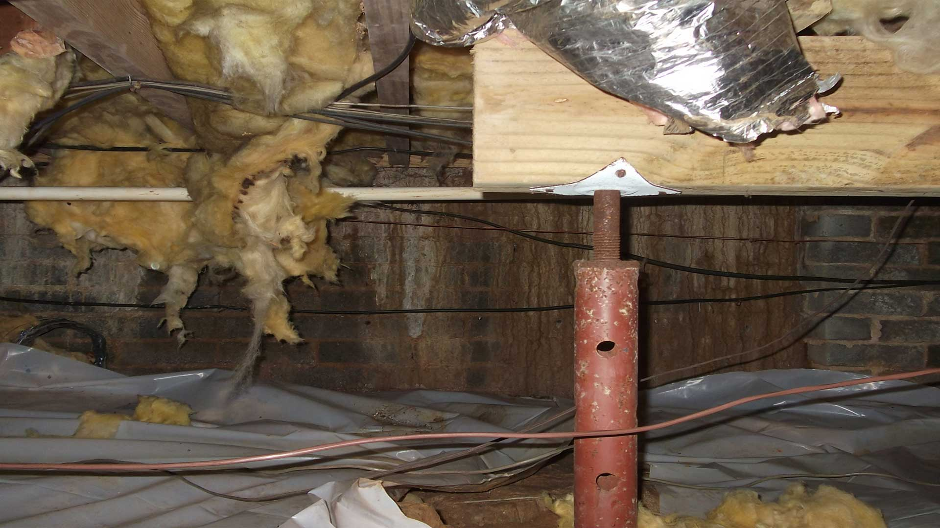 Structural-problem-support-joist-cut-off